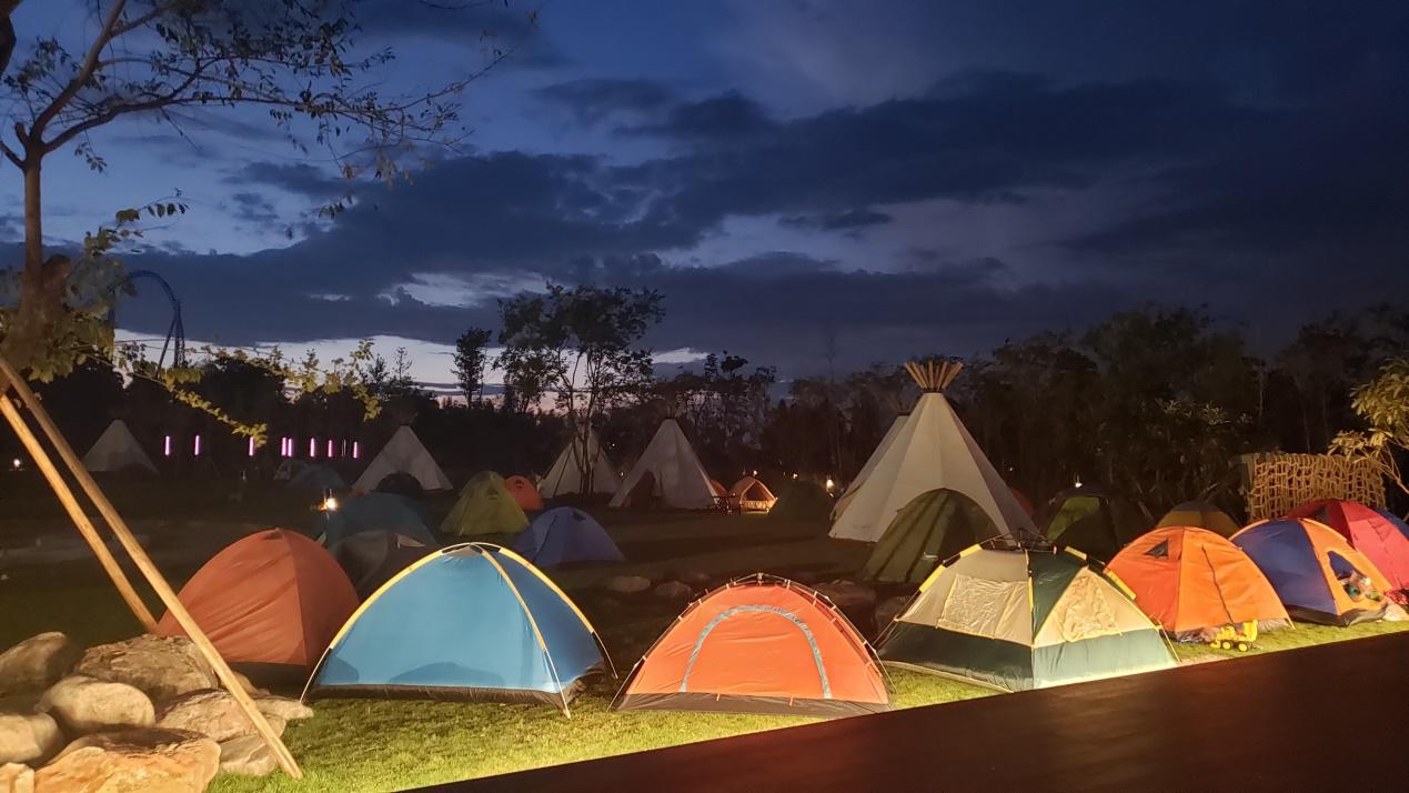 露营帐篷.png